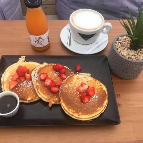 Acai Bowl Mimizan Pancakes